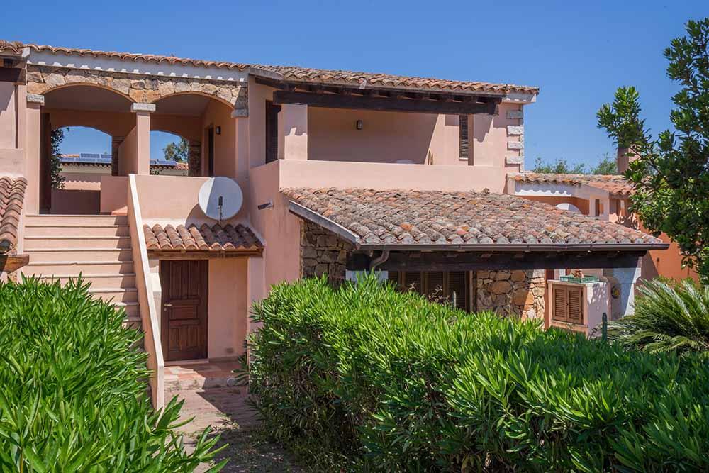Sardegna case vacanze e residence per ferie al mare app for Premiato piano casa artigiano