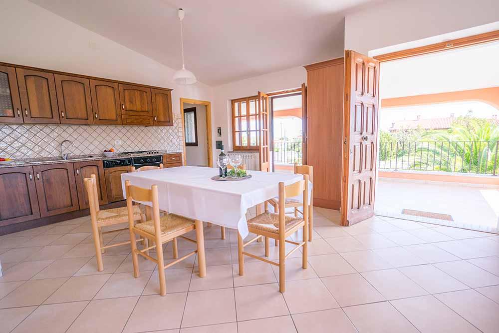 Sardegna case vacanze e residence per ferie al mare app for Ristorante in baita vicino a me